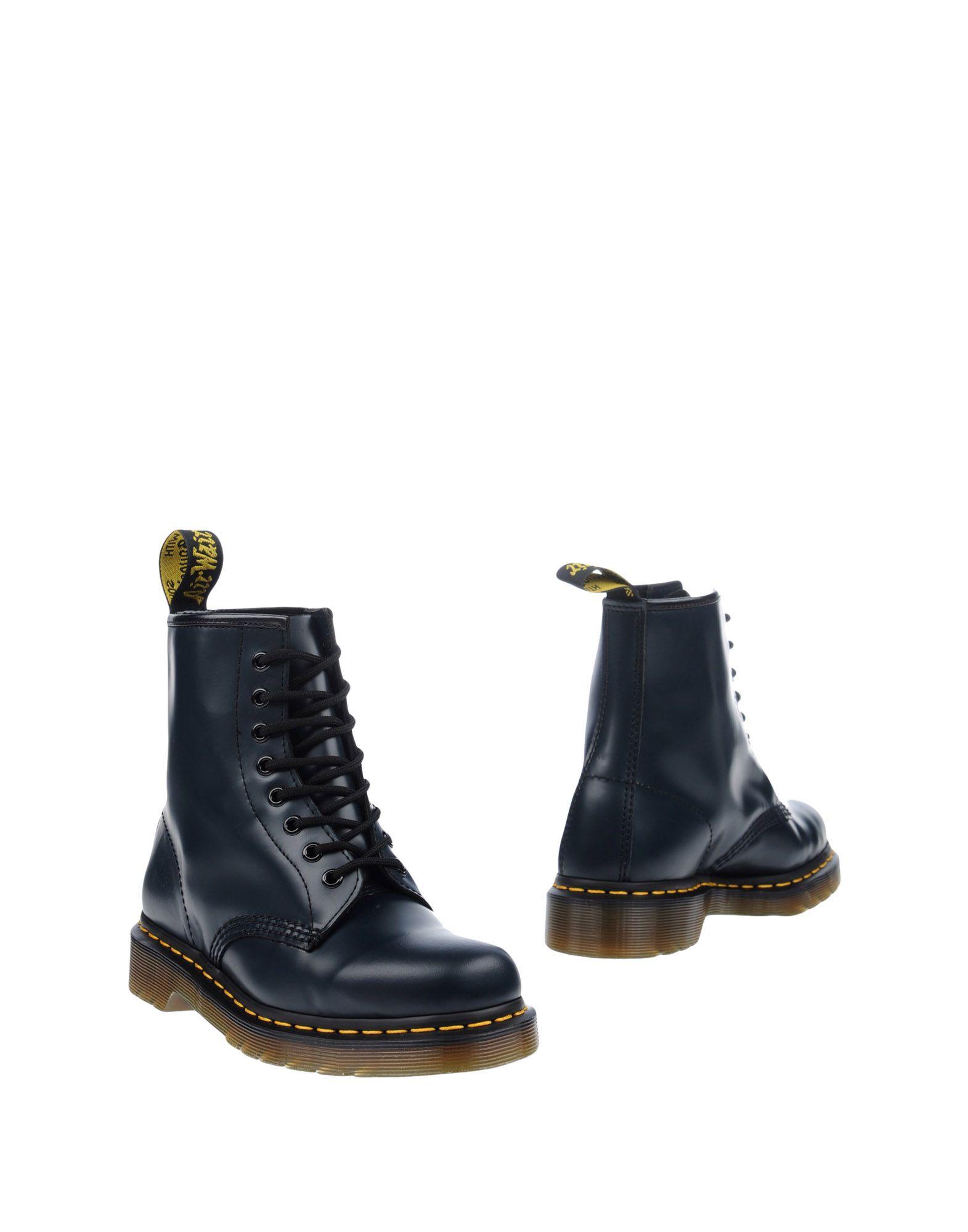 цена DR. MARTENS Полусапоги и высокие ботинки онлайн в 2017 году