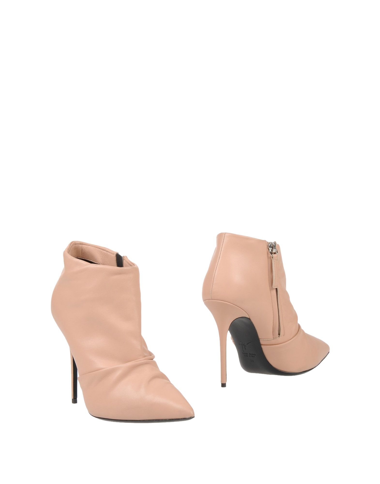 цена GIUSEPPE ZANOTTI DESIGN Полусапоги и высокие ботинки онлайн в 2017 году