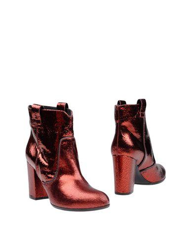 Полусапоги и высокие ботинки от PARIS TEXAS