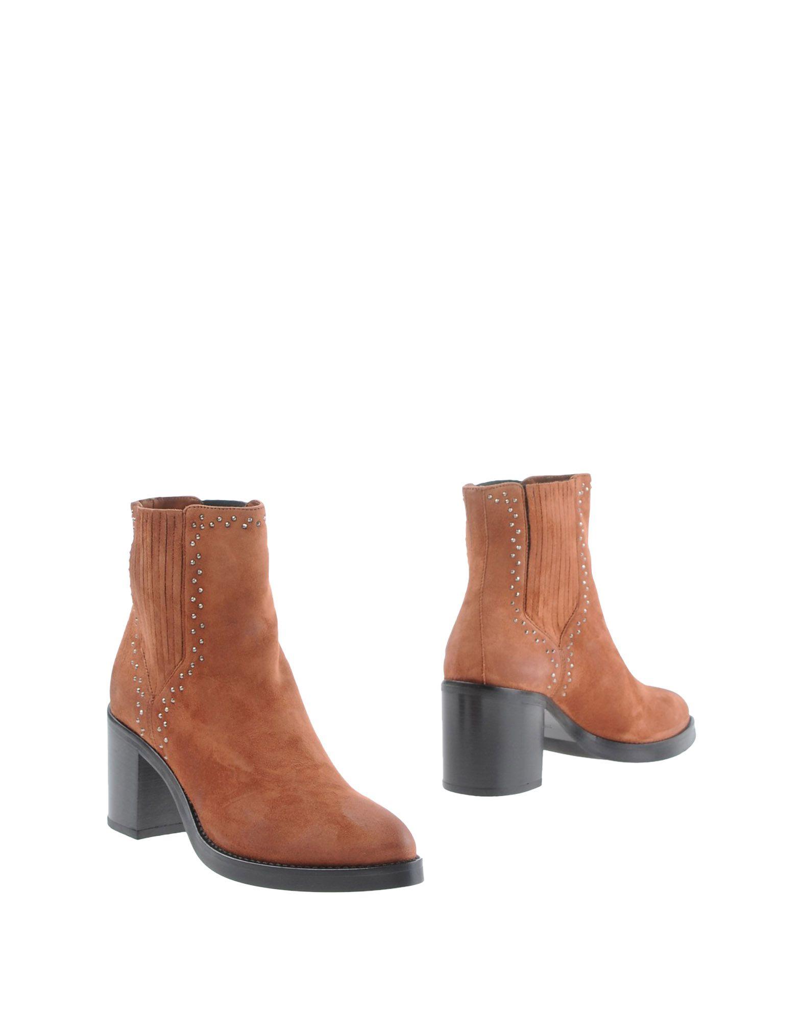 ФОТО janet & janet Полусапоги и высокие ботинки