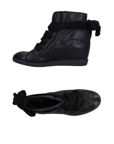 Высокие кеды и кроссовки CREATIVE. Цвет: черный