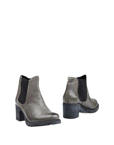 Полусапоги и высокие ботинки CREATIVE. Цвет: серый