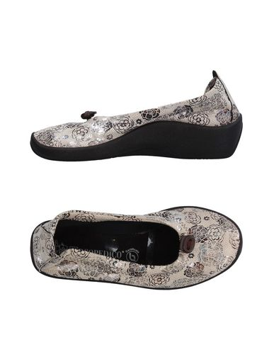 Туфли от ARCOPEDICO