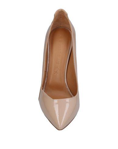 Фото 2 - Женские туфли MARC ELLIS бежевого цвета