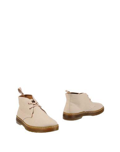 Полусапоги и высокие ботинки DR. MARTENS 11252077OW