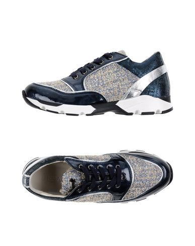 Низкие кеды и кроссовки от CESARE P.