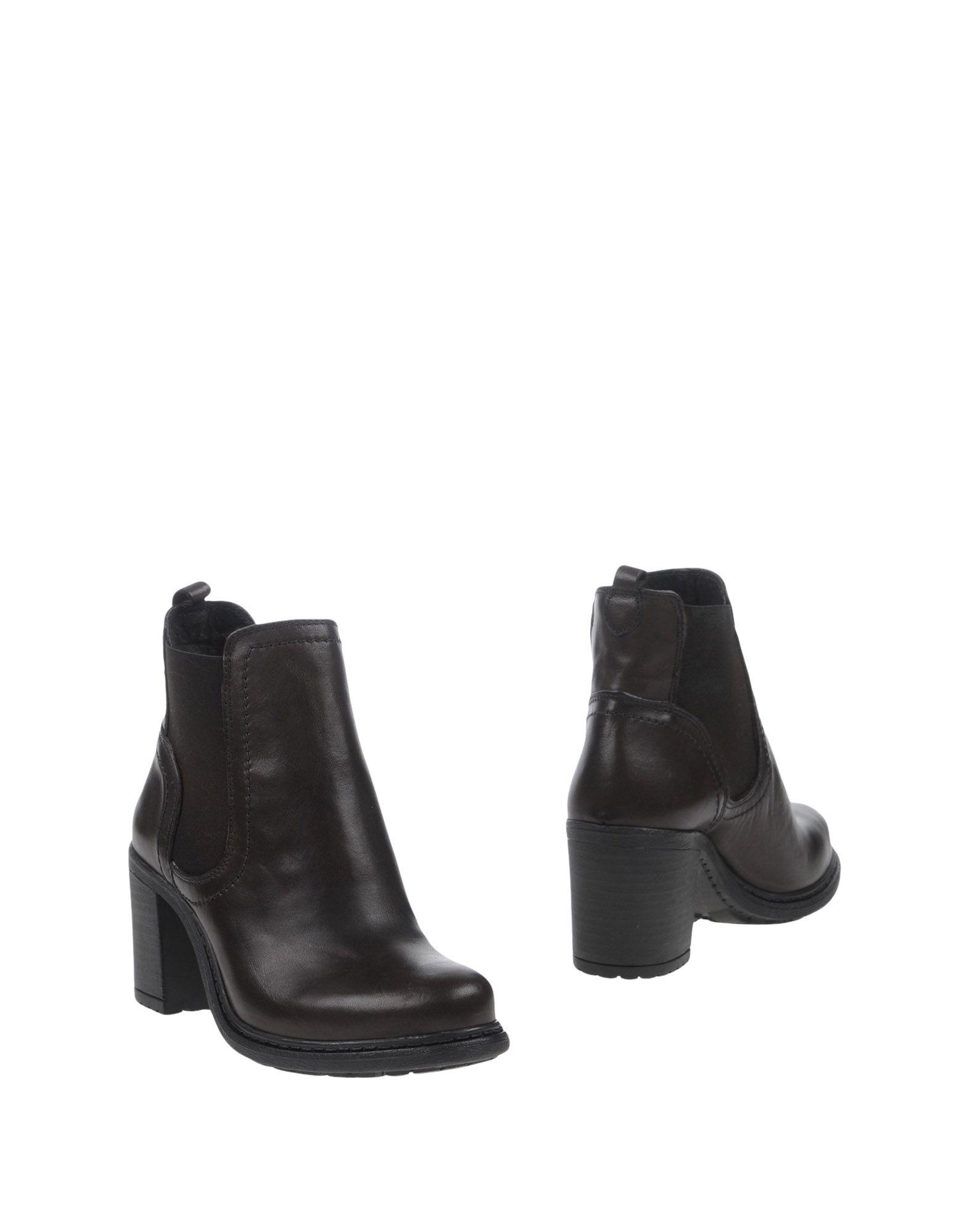 TRU TRUSSARDI Полусапоги и высокие ботинки