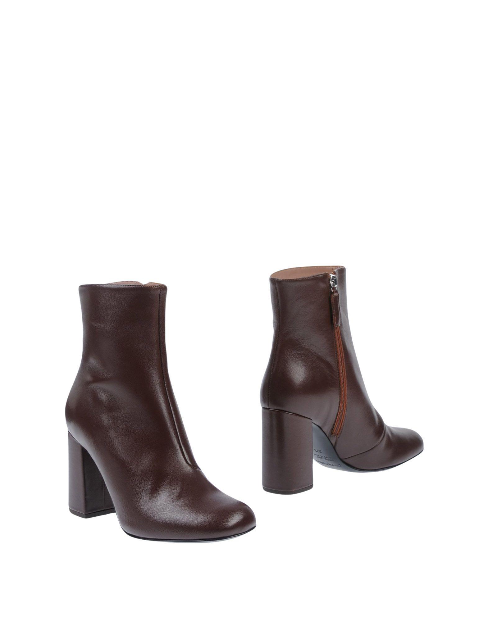 GIANNA MELIANI | GIANNA MELIANI Ankle boots | Goxip