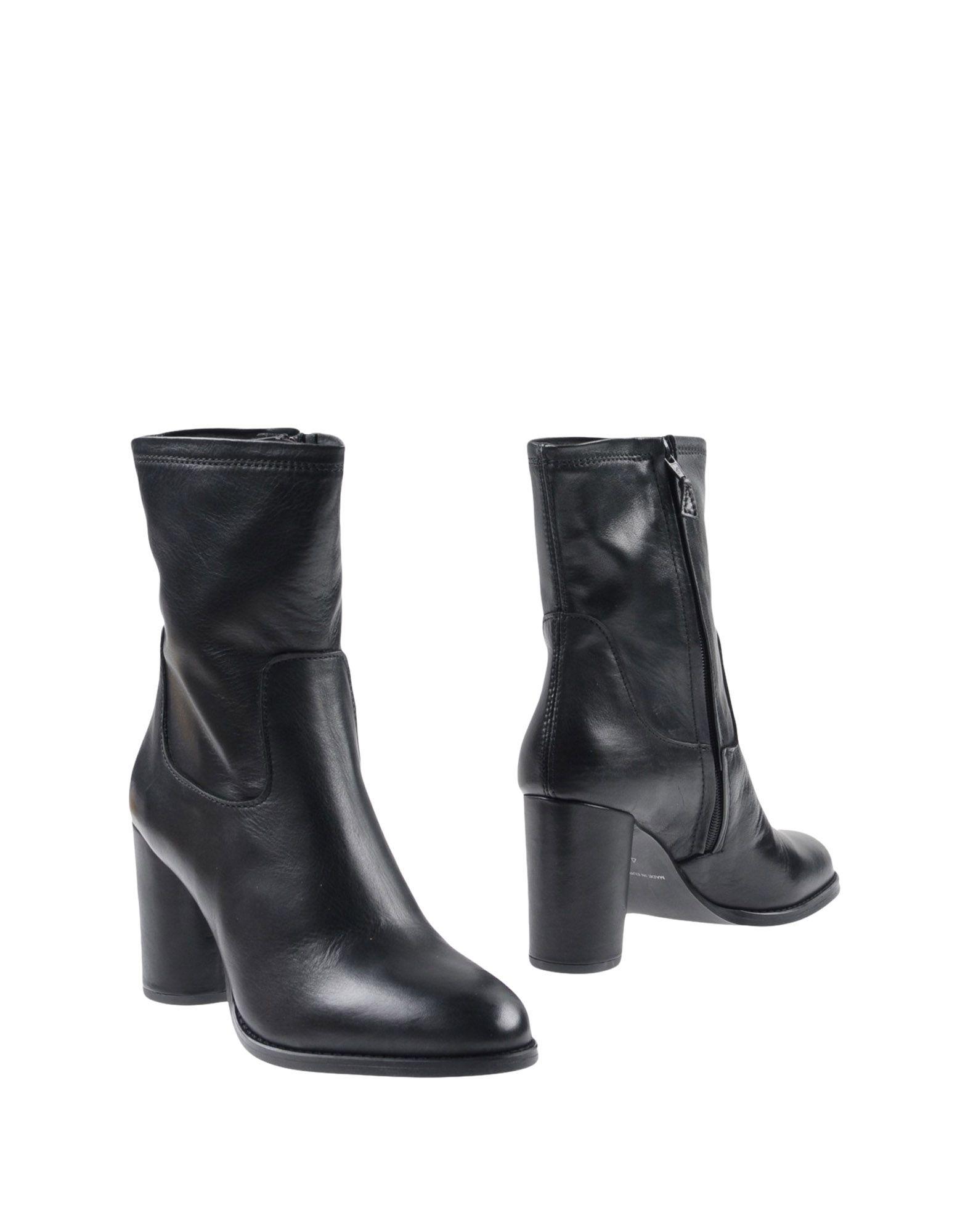 ФОТО c.g berlin Полусапоги и высокие ботинки