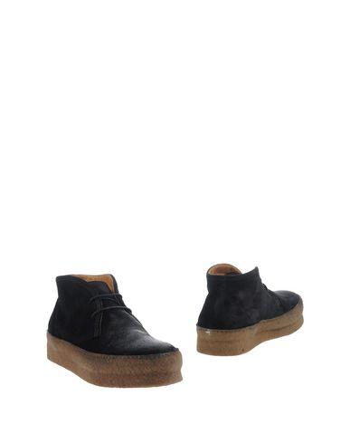 Полусапоги и высокие ботинки UIT. Цвет: черный