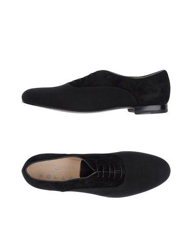 Обувь на шнурках от ALBERTO GUARDIANI WALLPAPER