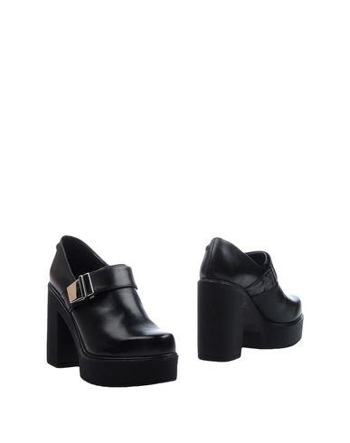 Ботинки от CULT