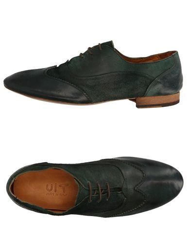 Обувь на шнурках UIT. Цвет: темно-зеленый