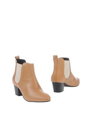 Полусапоги и высокие ботинки CANTARELLI