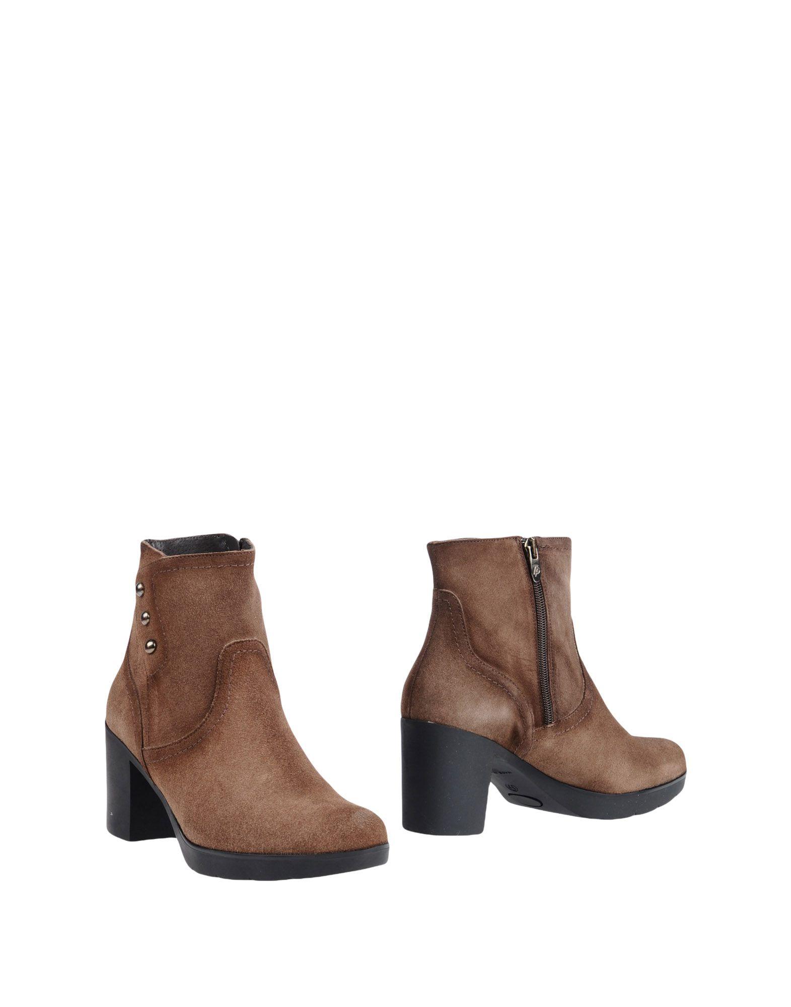 TONI PONS Полусапо��и и высокие ботинки ножницы toni