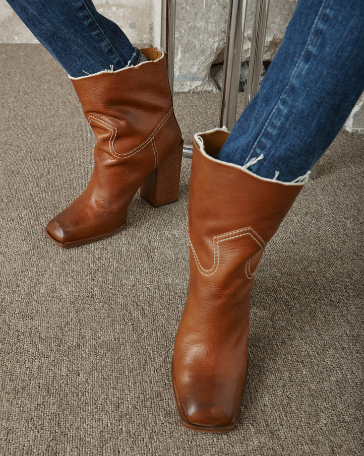 Saint Laurent Jodie 105 Western ankle boots bO5iDYI
