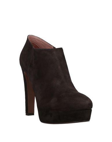 Фото 2 - Женские ботинки и полуботинки  темно-коричневого цвета