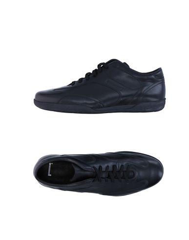 Низкие кеды и кроссовки PIRELLI PZERO 11264152KG
