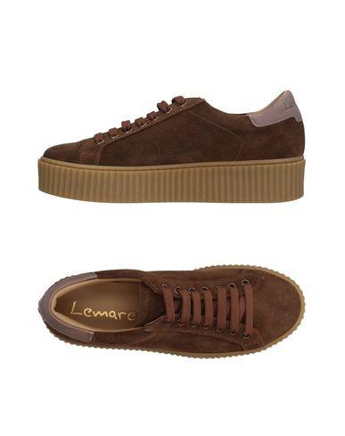 Низкие кеды и кроссовки от LEMARÉ