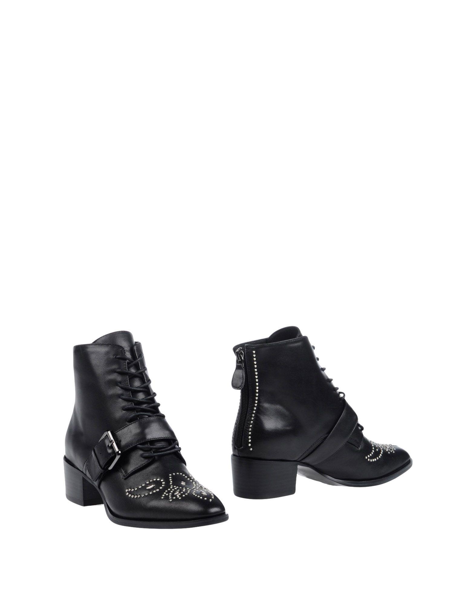 LOLA CRUZ Полусапоги и высокие ботинки босоножки lola cruz босоножки