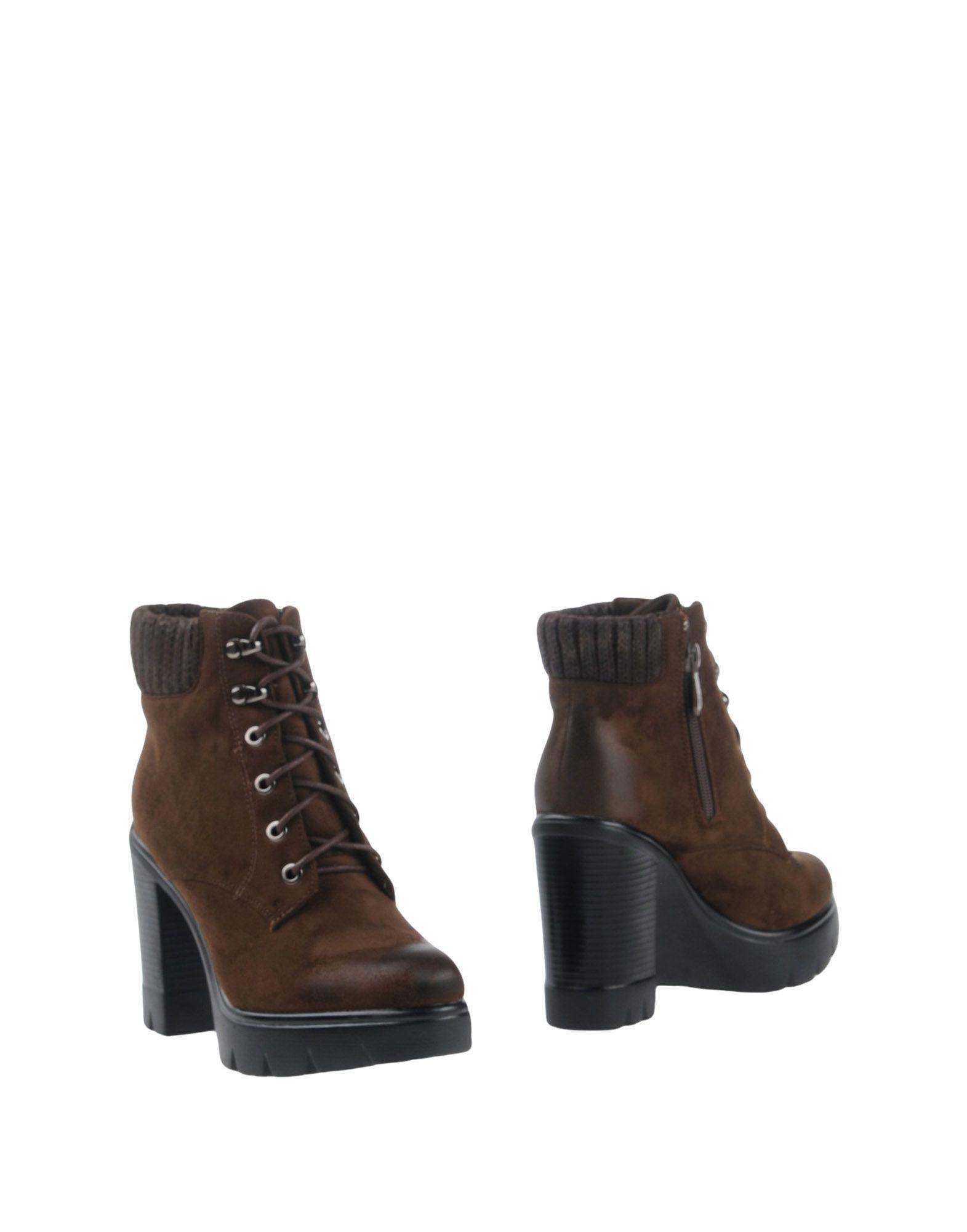 LISA-W Полусапоги и высокие ботинки lisa corti сандалии