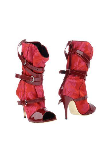 Imagen principal de producto de VIVIENNE WESTWOOD - CALZADO - Botines de ca?a alta - Vivienne Westwood