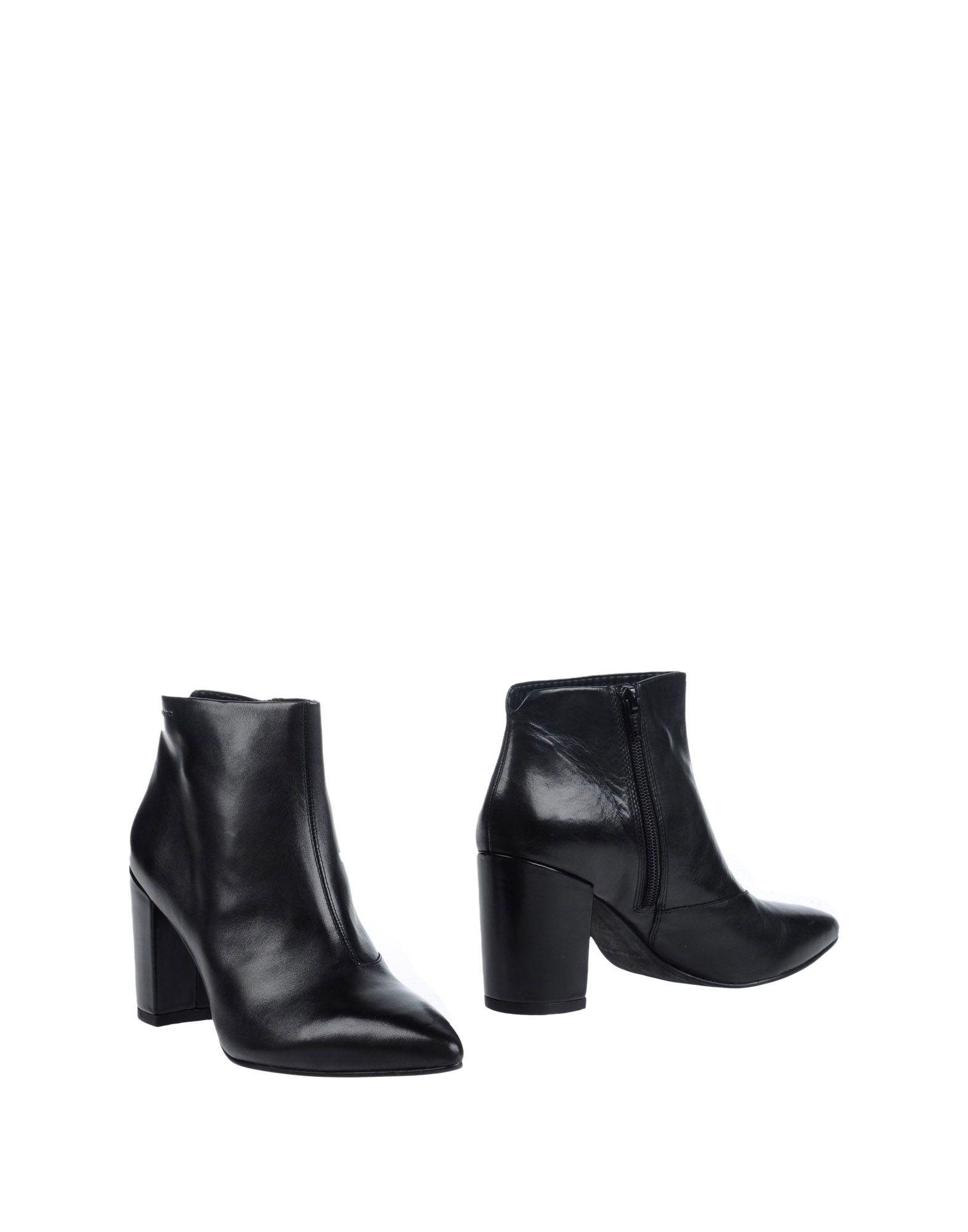 VAGABOND SHOEMAKERS Полусапоги и высокие ботинки шлепанцы vagabond vagabond va468awpjb28