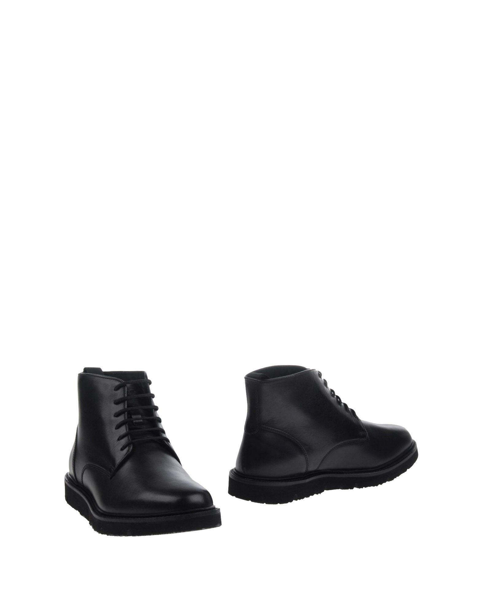 купить ARMANI JEANS Полусапоги и высокие ботинки по цене 18500 рублей