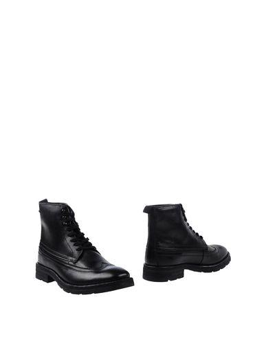 Полусапоги и высокие ботинки BASE London 11270985UU