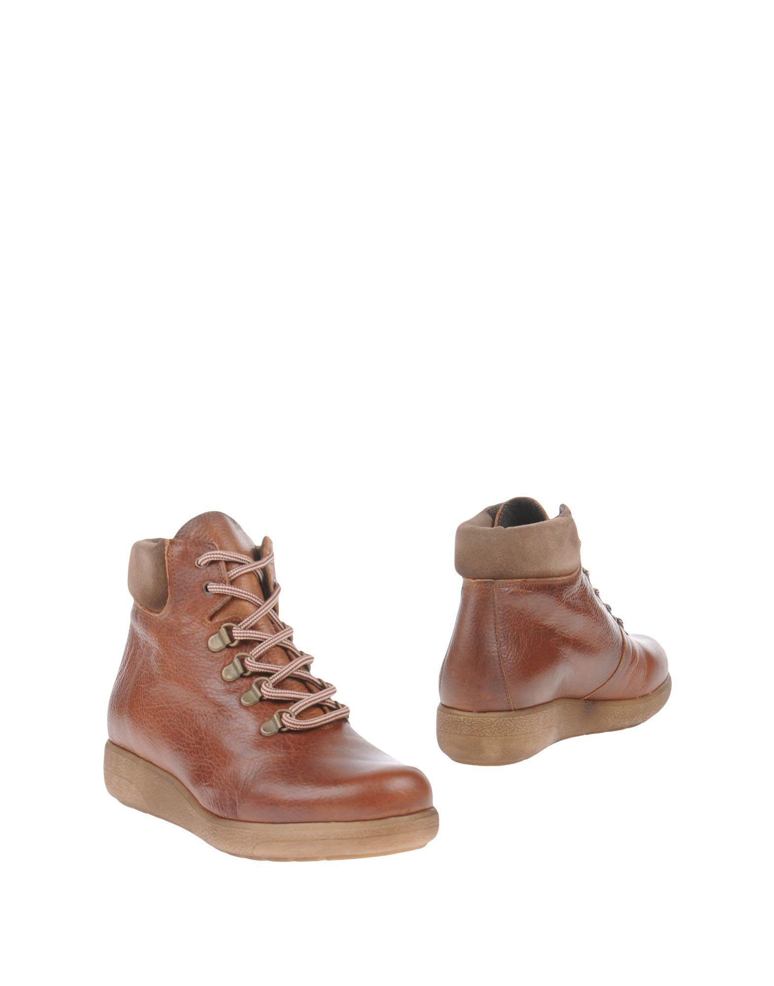 TONI PONS Полусапоги и высокие ботинки ножницы toni