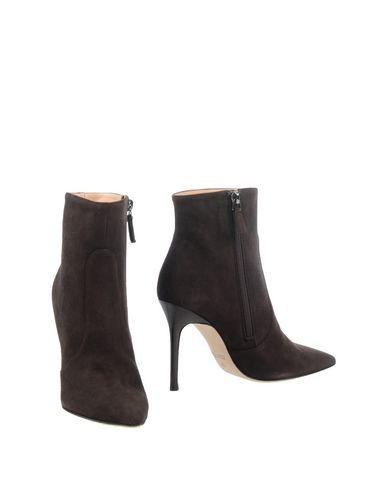 Полусапоги и высокие ботинки от DIMATTIA