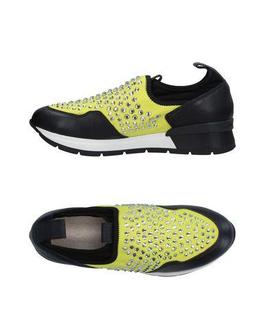 Низкие кеды и кроссовки от JANET SPORT