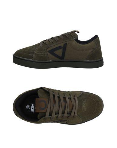 Низкие кеды и кроссовки от ADE SHOES