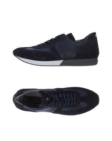 Низкие кеды и кроссовки от CESARE PACIOTTI 4US