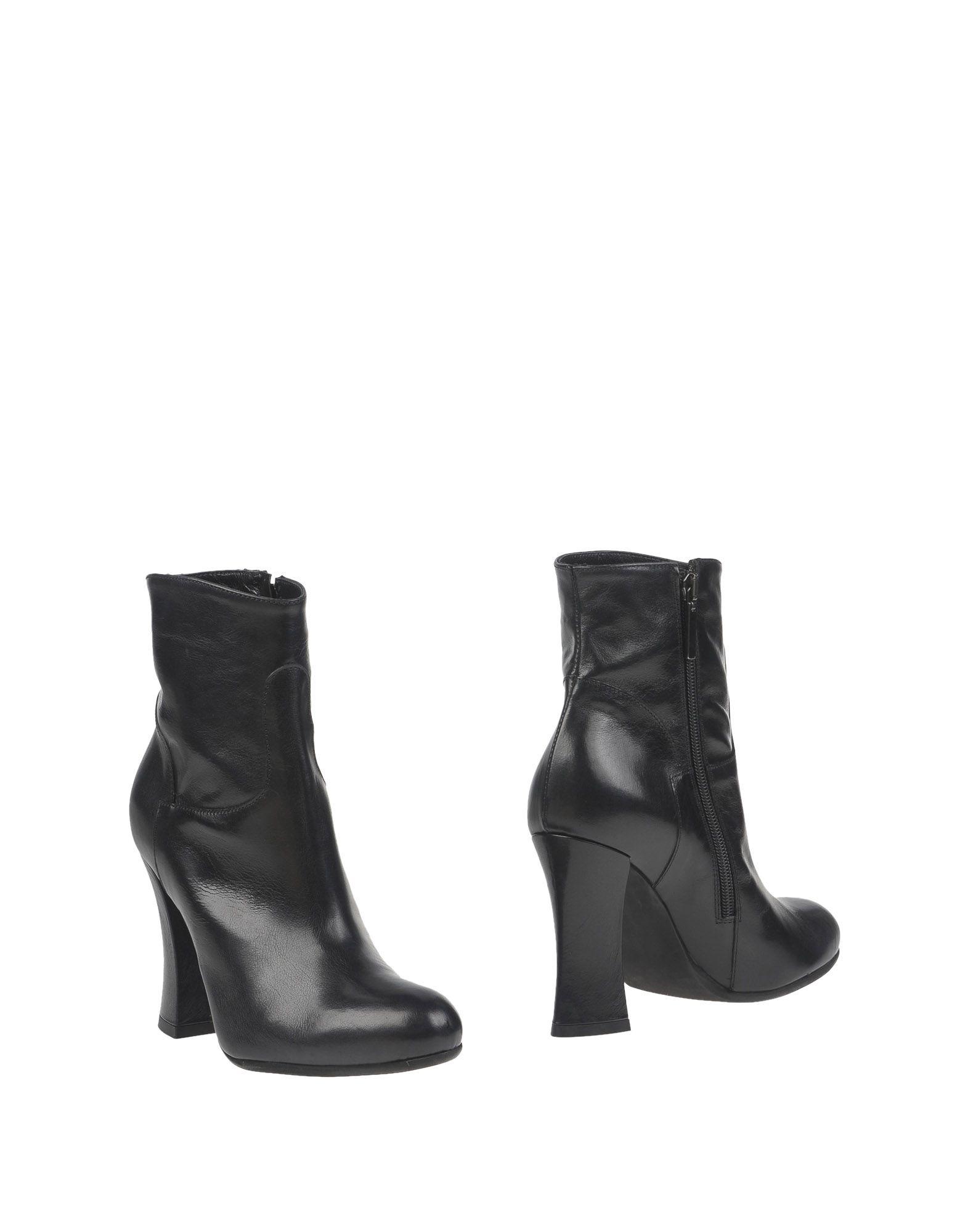 купить SGN GIANCARLO PAOLI Полусапоги и высокие ботинки дешево