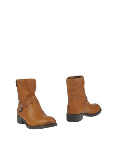Полусапоги и высокие ботинки от ANNA FIDANZA