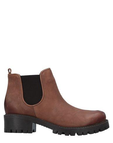 Полусапоги и высокие ботинки от EYE