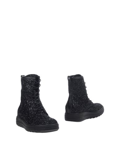 Полусапоги и высокие ботинки от 3.3  TREPUNTOTRE