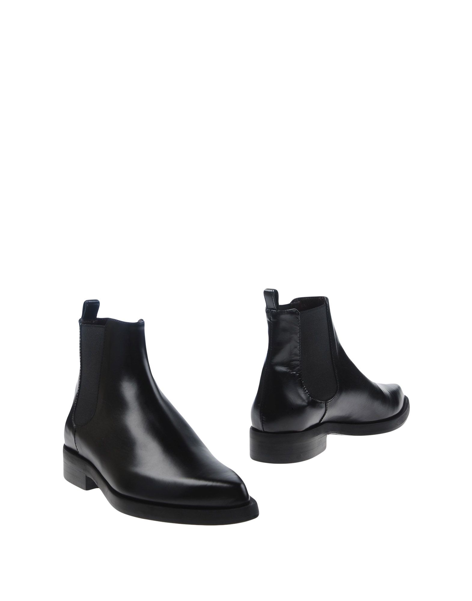 купить GAIA D'ESTE Полусапоги и высокие ботинки дешево
