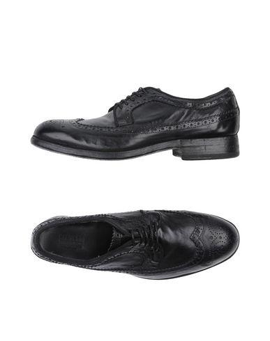 PREVENTI Chaussures à lacets femme