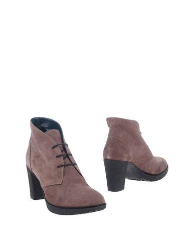 Полусапоги и высокие ботинки от BABICÒ