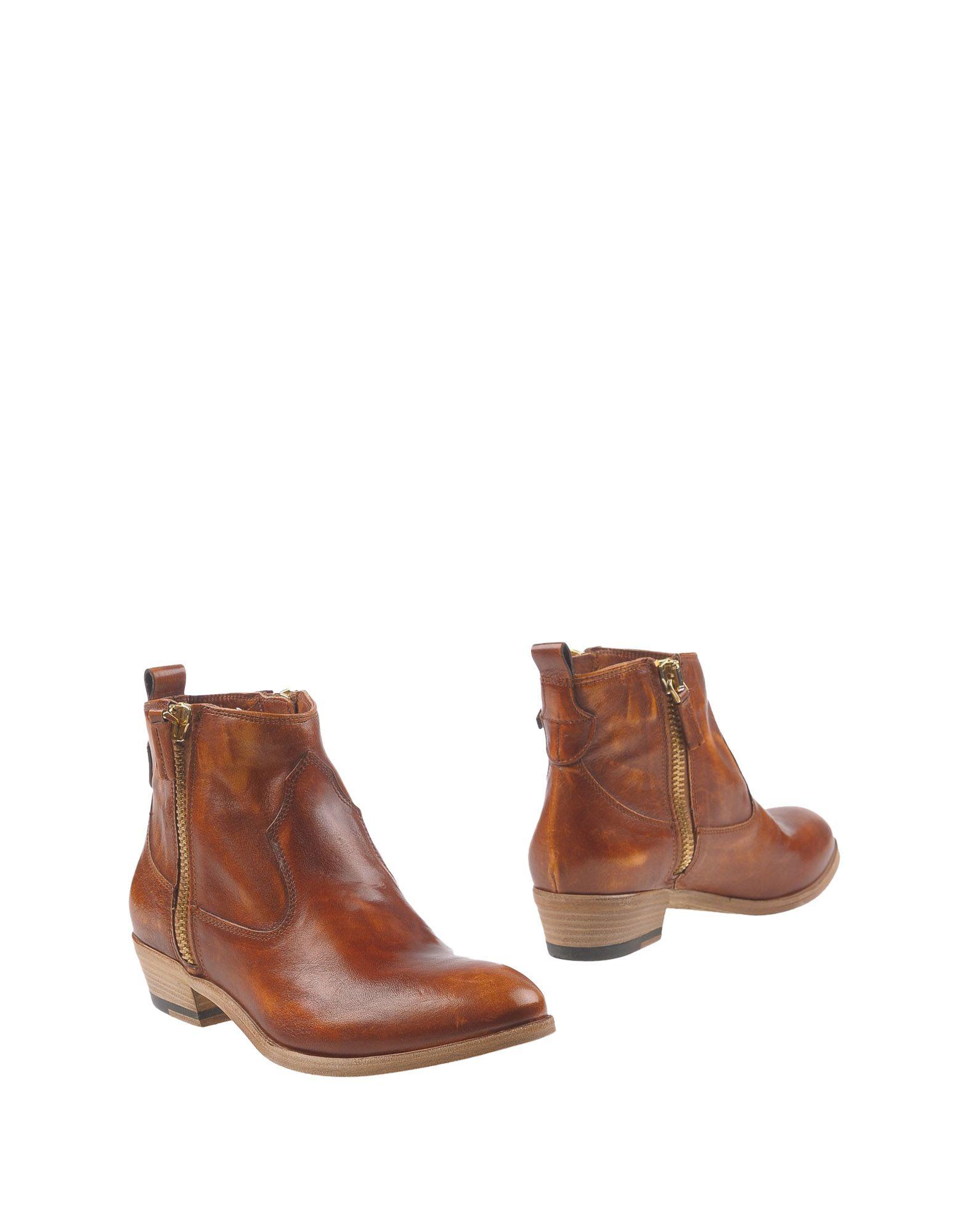 J|D JULIE DEE Полусапоги и высокие ботинки julie laity j deserts and desert environments