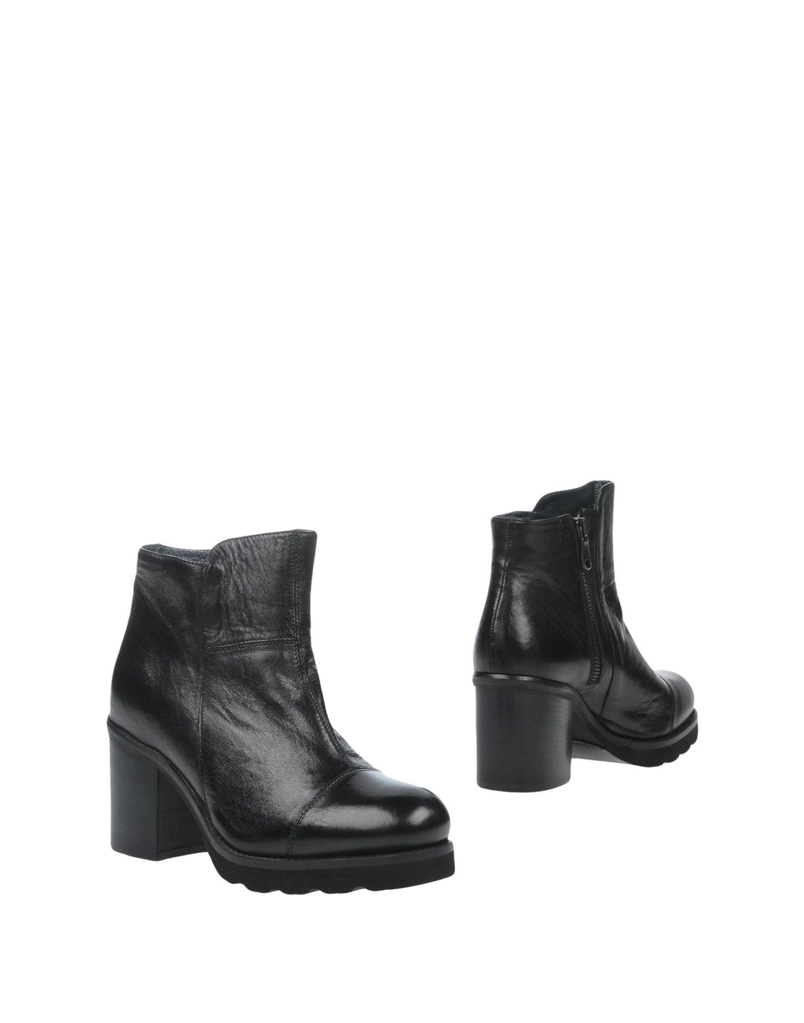 KEB Полусапоги и высокие ботинки mazzitti полусапоги и высокие ботинки