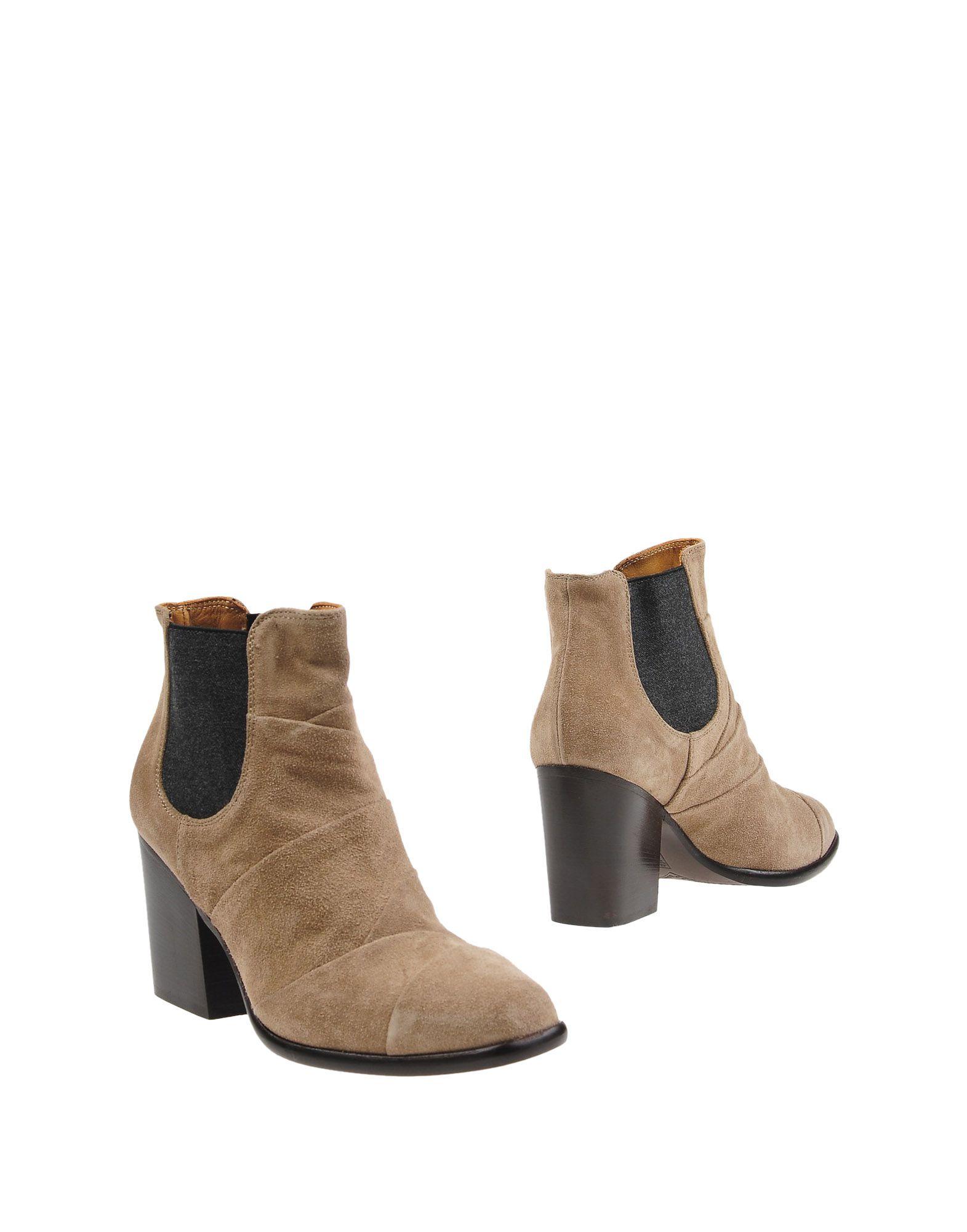 купить ALBERTO FERMANI Полусапоги и высокие ботинки дешево
