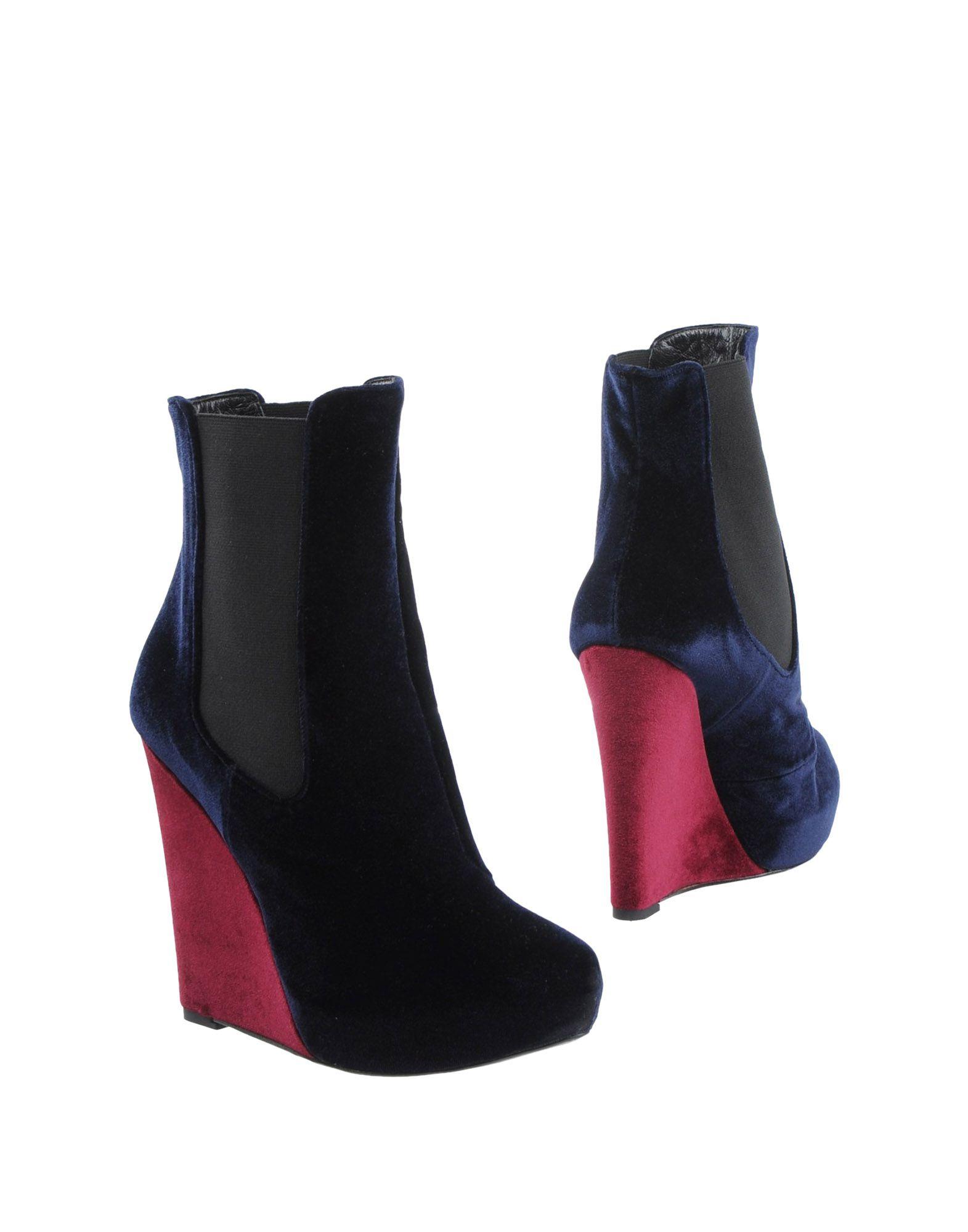 GIACOMORELLI Полусапоги и высокие ботинки босоножки giacomorelli босоножки