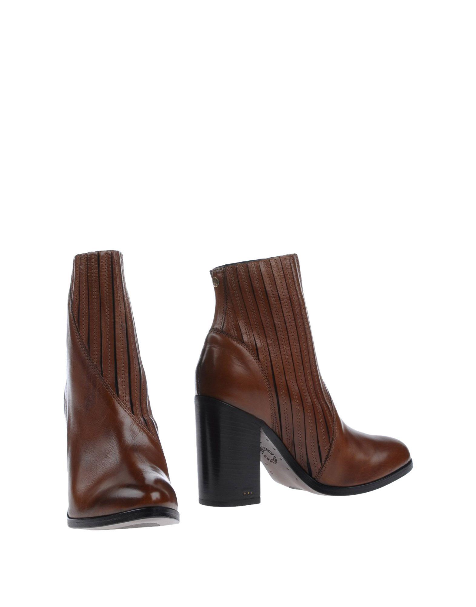 купить BUTTERO® Полусапоги и высокие ботинки дешево