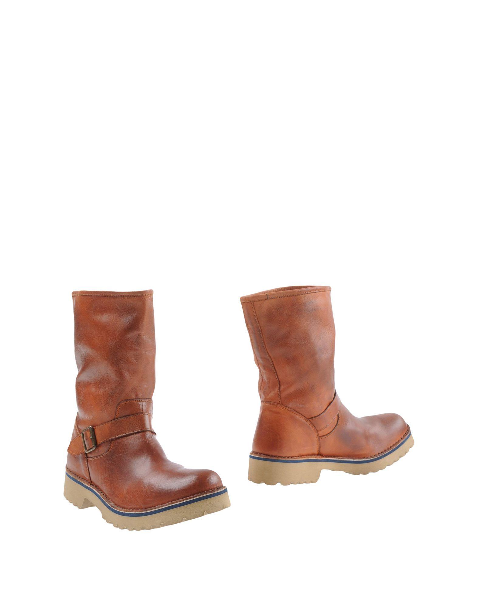 где купить  LE CROWN Полусапоги и высокие ботинки  по лучшей цене