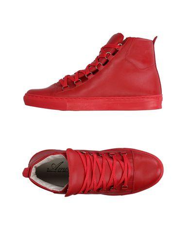 Высокие кеды и кроссовки от AMOUR