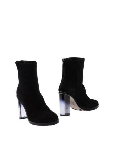 Полусапоги и высокие ботинки от AGL ATTILIO GIUSTI LEOMBRUNI