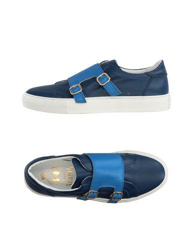Низкие кеды и кроссовки от ARANTH